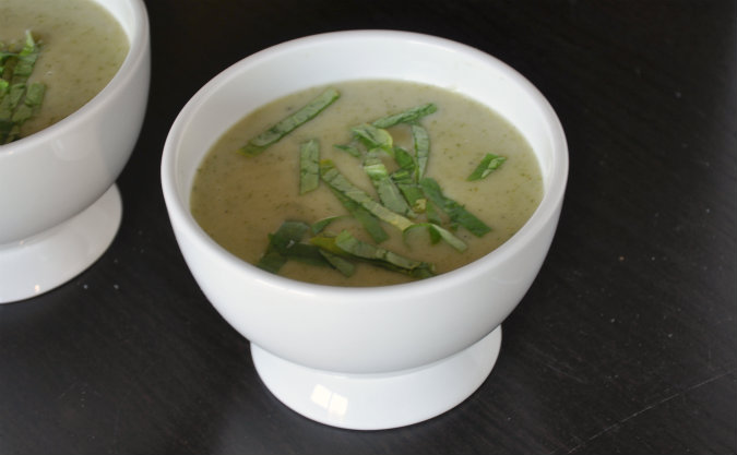 Watercress and potato soup (potage cressoniere)